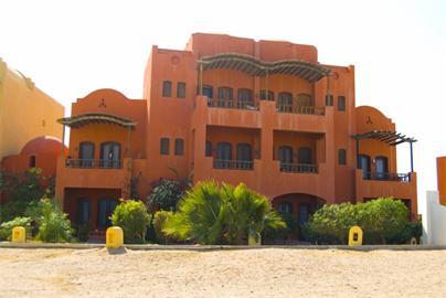 Недвижимость в Египте на курорте Эьл Гуна, квартира с высококачественной отделкой